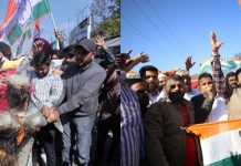 Cong activists staging protest against (left) and in support (right) of top AICC leader Ghulam Nabi Azad in Jammu on Tuesday. —Excelsior/Rakesh