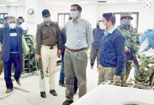 Principal Secretary Industries during visit to Silk and Wool Unit.
