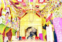 Beautifully decorated Durbar of Mata Vaishno Devi Ji on Tuesday.