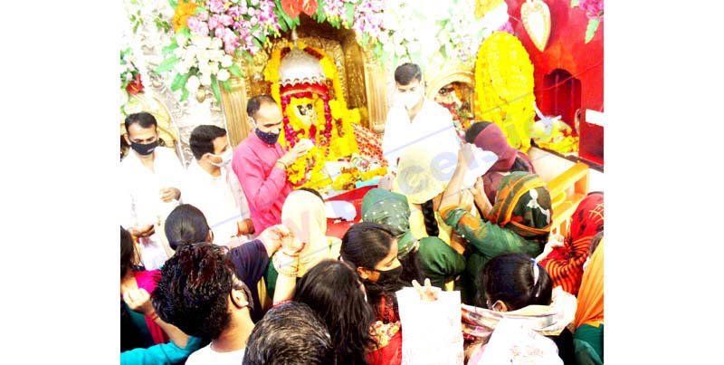 Devotees paying obeisance at Bawe Wali Mata Shrine in Jammu on first Navratra on Tuesday.-Excelsior/Rakesh