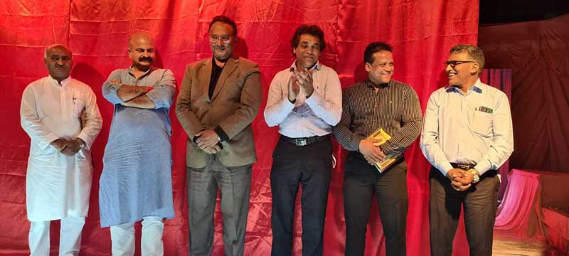 BJP leader, Yudhvir Sethi; Congress leader, Vicky Mahajan and others during a function to celebrate Easter in Jammu on Thursday.