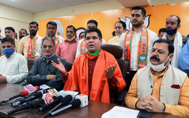 BJP leaders during a press conference at Jammu on Monday. —Excelsior/Rakesh