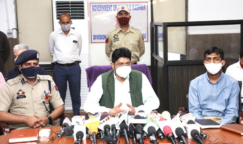 Divisional Commissioner Jammu, Dr Raghav Langer addressing a press conference on Wednesday. —Excelsior/Rakesh