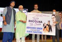 Lt Governor Manoj Sinha releasing Jubin Nautiyal's music album 'Tuje Bhoolna Toh Chaha' at Jammu on Wednesday. —Excelsior/Rakesh