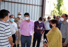 Div Com during visit to District Hospital Samba on Sunday.