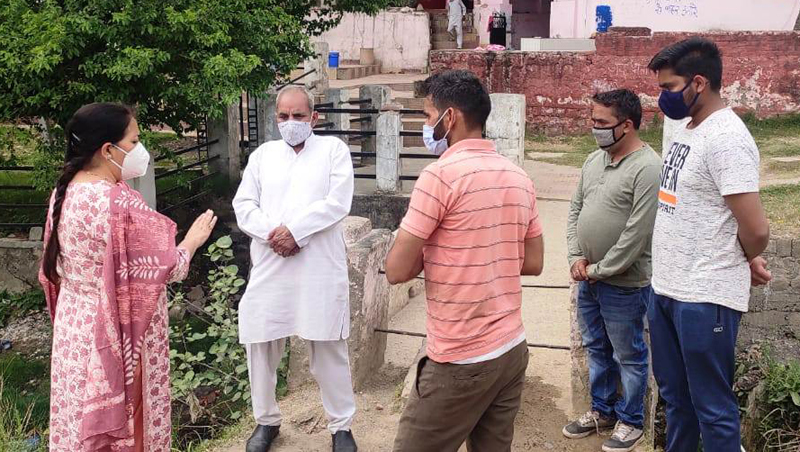 DC Udhampur takes stock of civic problems