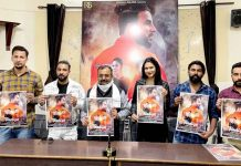 Former MLC Vikram Randhawa releasing poster of 'Haniya' album along with others at Press Club Jammu on Saturday.
