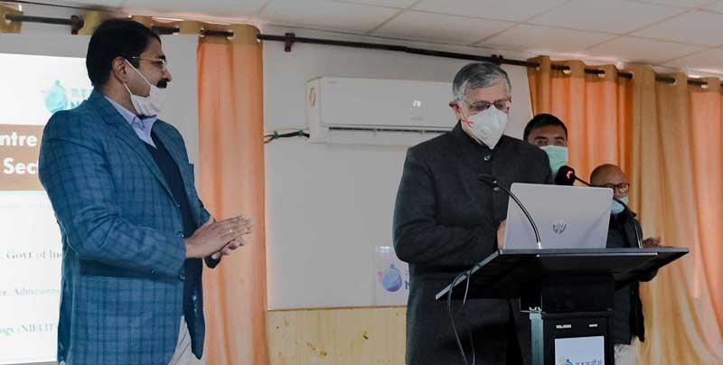 Advisor Umang Narula delivering inaugural address in the training programme at Leh.
