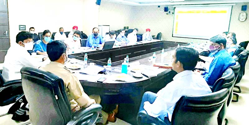 Divisional Commissioner chairing the 9th Board of Directors meeting of JSCL at Jammu.