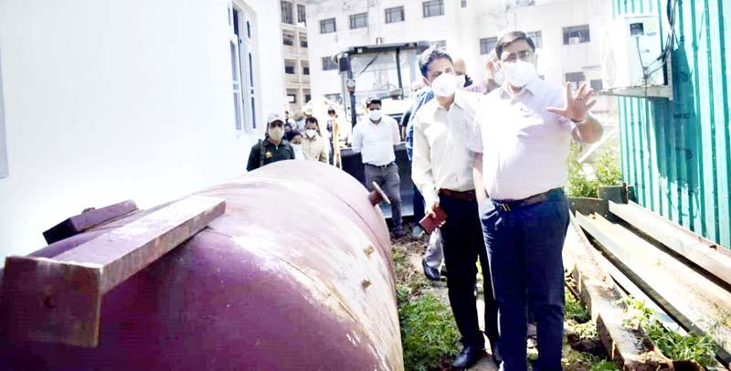 DC Rajouri Rajesh K Sharma inspecting GMC&AH on Monday.