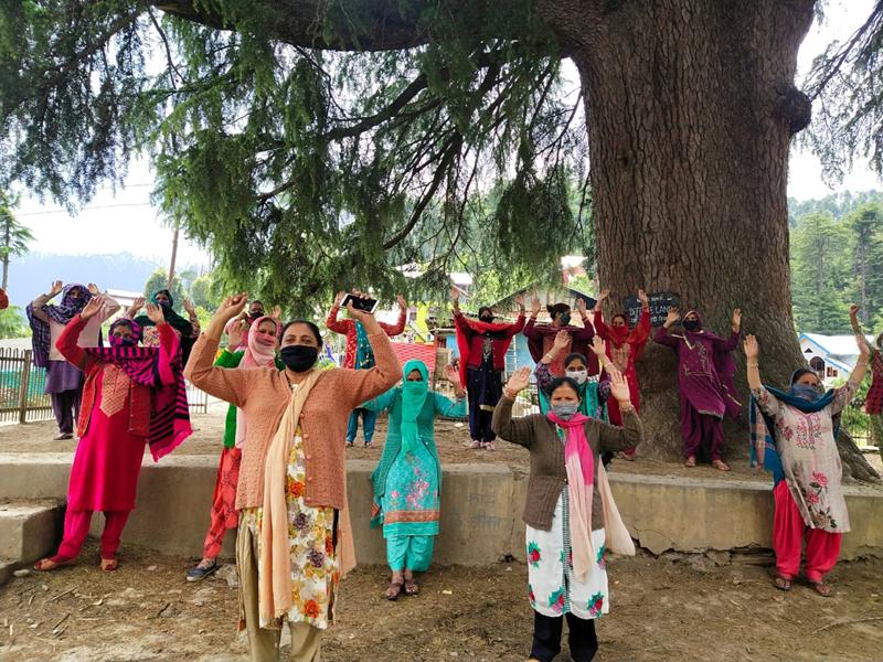 Ladies raising slogans during protest. -Excelsior/Tilak Raj