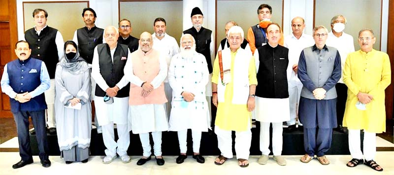 Prime Minister Narendra Modi posing with participants of All-Party Meeting in New Delhi on Thursday.