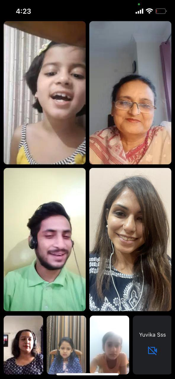 Participants of online singing competition.