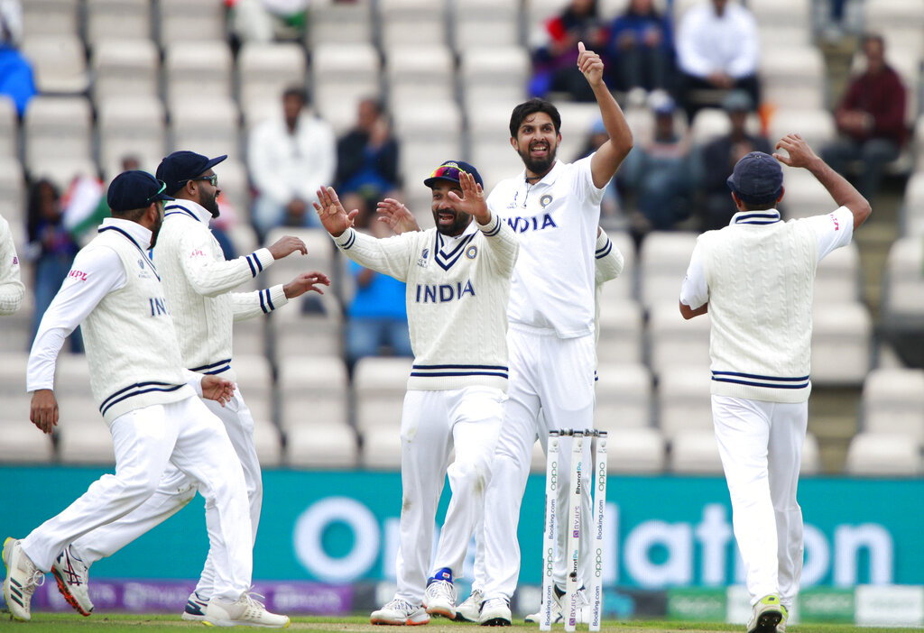 Ishant Sharma celebrating with teammates after clinching Kane Williamson's wicket during 1st inning of WTC final match on Tuesday.