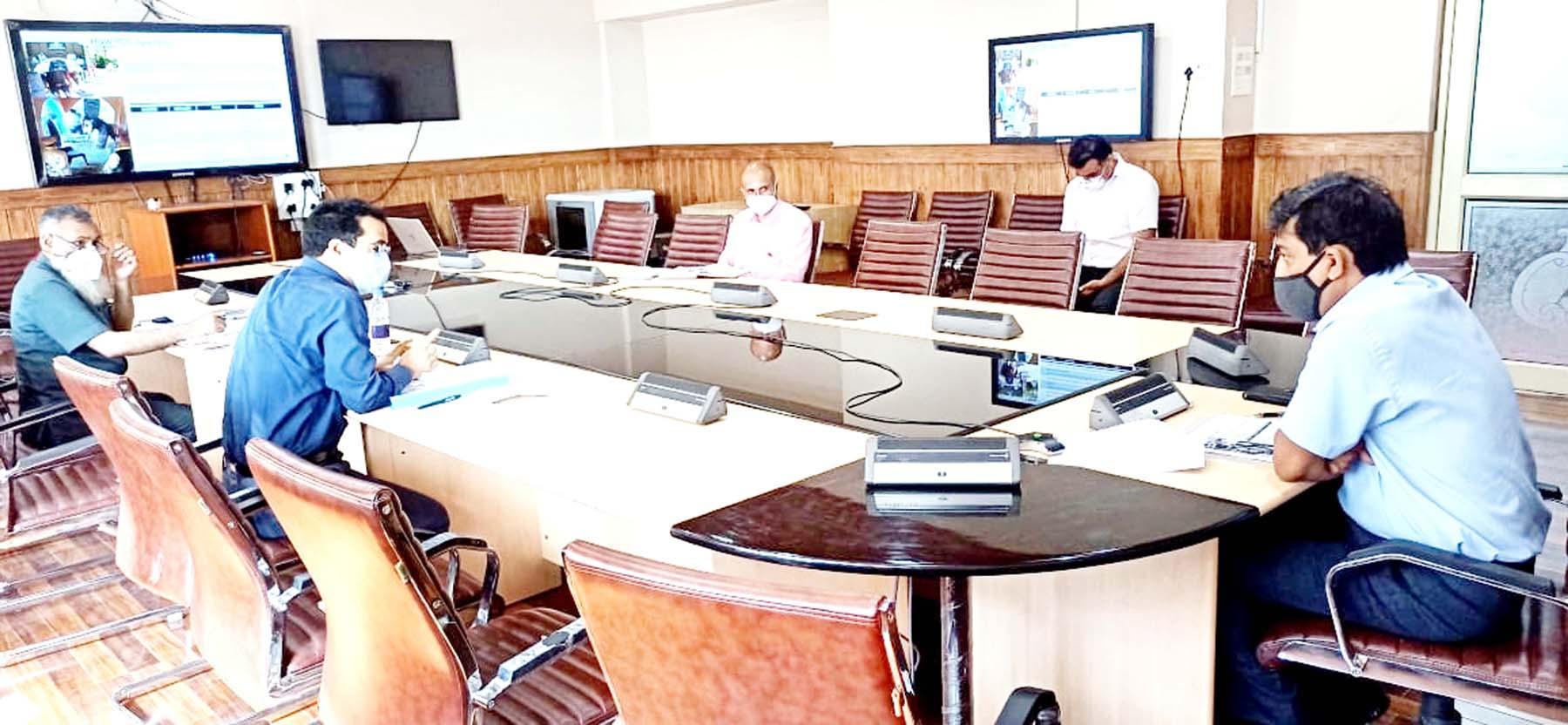 Chief Secretary Dr Arun Kumar Mehta chairing a meeting in Srinagar on Monday.
