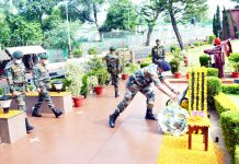 Army Commander laying wreath at Dhruva War Memorial on 50th Raising Day of Northern Command.