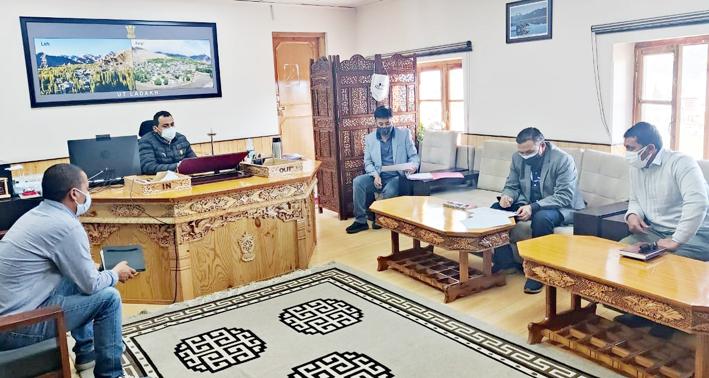 Administrative Secretary Ladakh Ravinder Kumar chairing a meeting of HoDs of various departments.