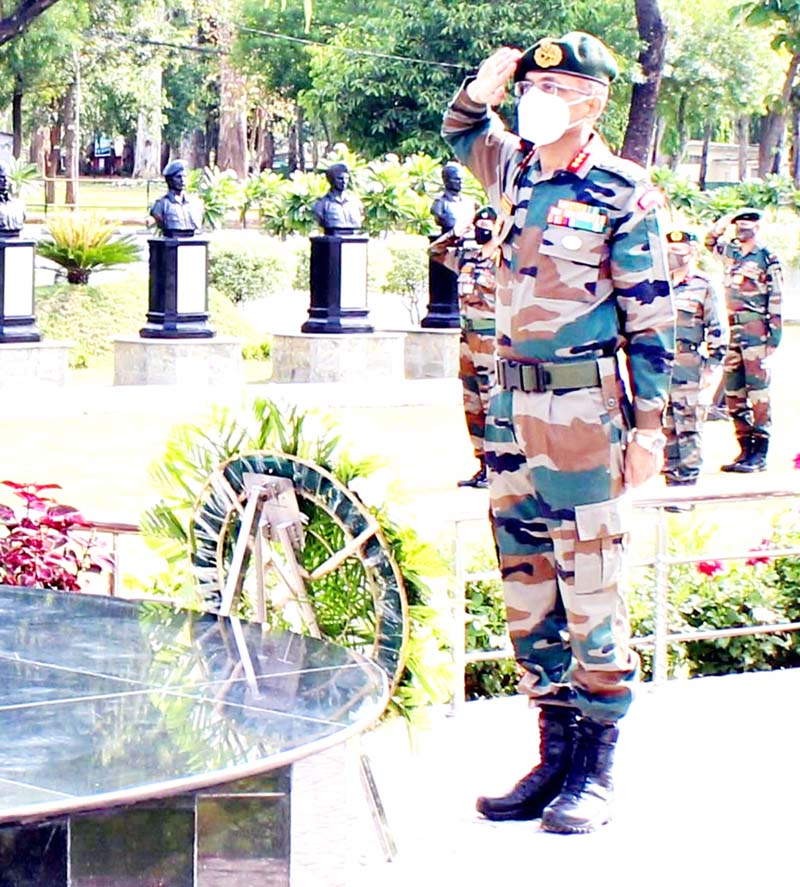 GOC White Knight Corps, Lt Gen Suchindra Kumar laying wreath at 'Ashwamedh Shaurya Sthal' at Nagrota Garrison in Northern Theatre area on Tuesday.