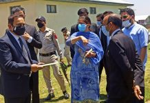 Justice Sindhu Sharma inspecting court complex in Budgam.