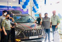 Dignitaries unveiling Hyundai Alcazar at Shuhul Motors Private Limited Jammu.