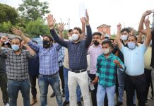 Unemployed Agriculture professionals protesting in Jammu. — Excelsior/Rakesh