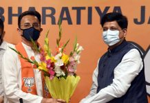 Congress leader Jitin Prasada join BJP in presence of Union Minister of Minister of Railways and Commerce Piyush Goel at BJP Headquarters in New Delhi on Wednesday. (UNI)