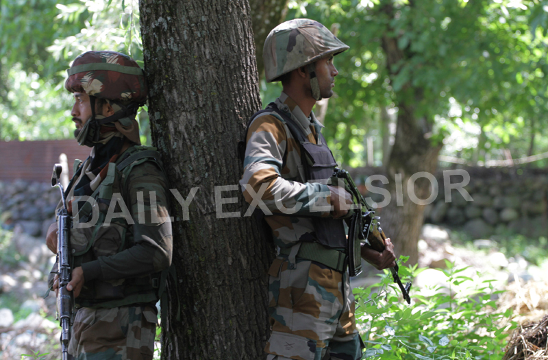 Security forces during encounter at Shokbaba forests in Bandipora district on Saturday. -Excelsior/Aabid Nabi