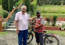 Muneer Ahmad meeting NC president Dr Farooq Abdullah at Srinagar.