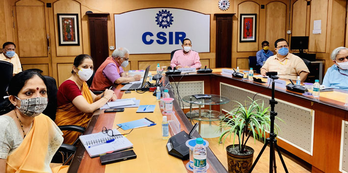 Union Minister Dr Jitendra Singh addressing scientists at the Council of Scientific and Industrial Research(CSIR) headquarters, New Delhi, on Tuesday.