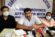 Health Department Sanitary Inspectors addressing a press conference at Jammu on Friday. -Excelsior/Rakesh