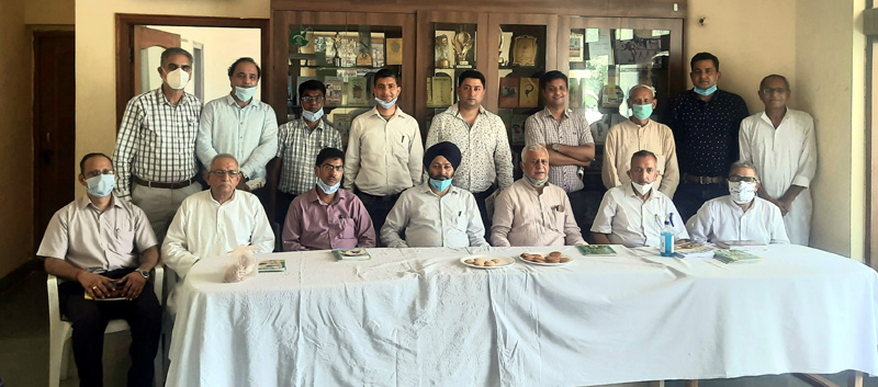 Director ISM (Ayush), Dr. Mohan Singh with his team and office bearers of BYS posing for a group photograph at Jammu on Monday.