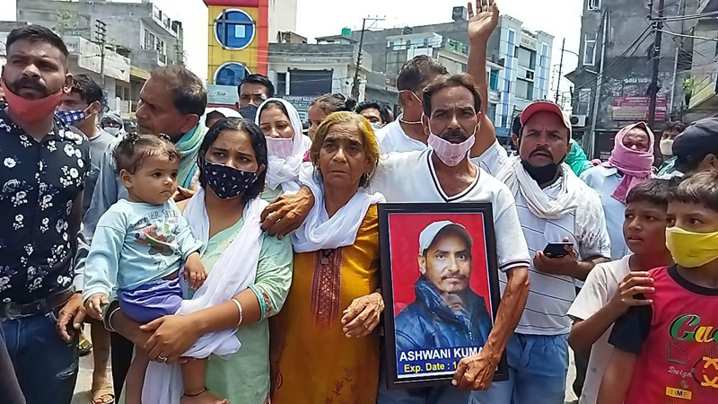 People protesting at Kathua on Friday. -Excelsior / Pardeep Sharma