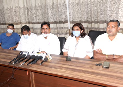 Councillors of Congress addressing a press conference at Jammu on Tuesday. -Excelsior/Rakesh