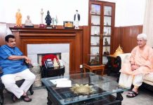 Lieutenant Governor Manoj Sinha in a meeting with Road, Transport and Highways Minister Nitin Gadkari in New Delhi on Monday.