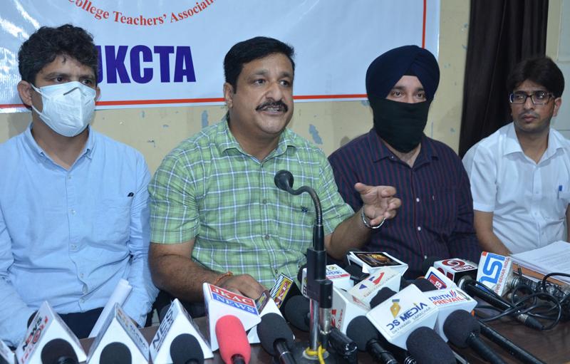 JKCTA leaders during a press conference at Jammu.