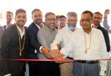 Dignitaries inaugurating showroom of Rattan Chand Hiralal Jain Jewellers at Channi Himmat on Sunday. —Excelsior/Rakesh