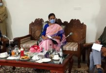 Union Minister of State for Health and Family Welfare, Dr. Bharati Pravin Pawar in a meeting at Pahalgam.