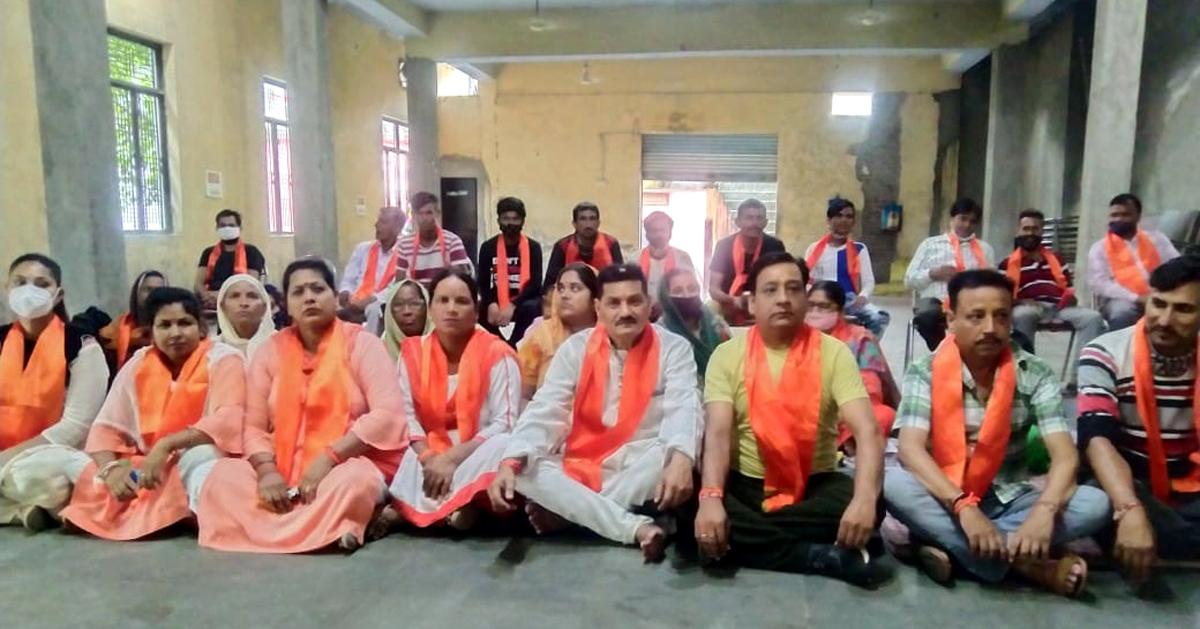 Office bearers of Shiv Sena during meeting at Samba on Friday.