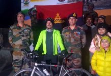 Lt Col Sripada Sriram being flagged off for solo Cycle expedition from Leh to Manali in Leh on Saturday.(UNI)