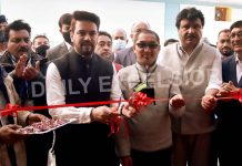 Union Minister for Information & Broadcasting, Youth Affairs and Sports Anurag Thakur inaugurates the high power transmitters at world's highest Radio Station at Humbuting La in Kargil on Saturday. —Excelsior/Basharat Ladakhi