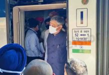 Railways Minister Ashwini Vaishnaw on his arrival to Katra in a train on Monday. — Excelsior/Romesh Mengi