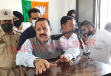 Union Minister Dr Jitendra Singh addressing a function at Kathua on Saturday. —Excelsior/Pardeep