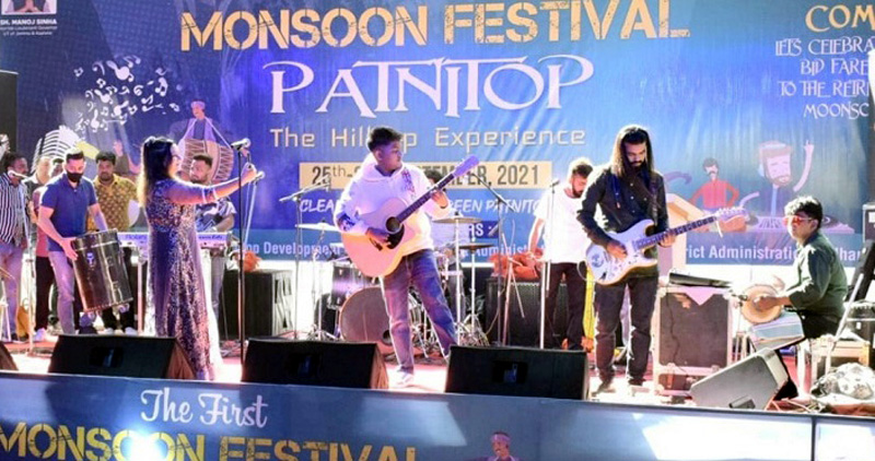 Artists performing during Monsoon Festival at Patnitop.