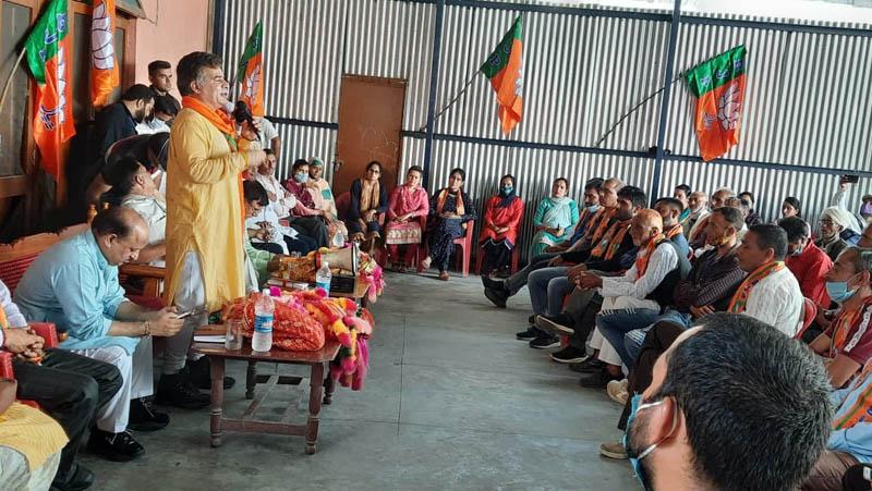 BJP J&K UT president, Ravinder Raina addressing a meeting of party men in a Basohli village on Thursday.