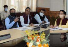 CS, AK Mehta chairing a meeting at Srinagar.