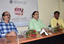 Prominent Hindi writer and poet Dr Agnishekhar and other dignitaries during a seminar at IIMC campus.