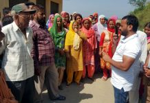 Congress leader, Sumeet Magotra interacting with people of a village in Udhampur.