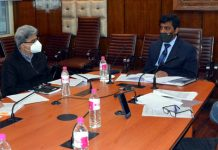 Chief Secretary Dr Arun Mehta reviewing disaster management in Srinagar on Tuesday.
