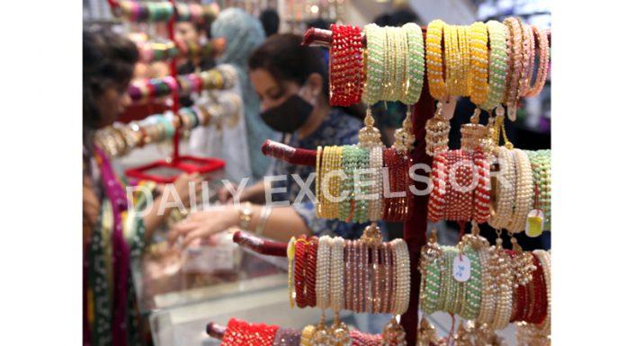 Preparations for Karva Chauth festival in Jammu. -Excelsior/Rakesh