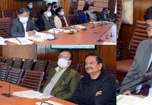 Chief Secretary, Dr. Arun Kumar Mehta chairing a meeting at Srinagar on Wednesday.